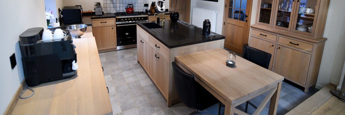 Keukens en dressingkasten 1